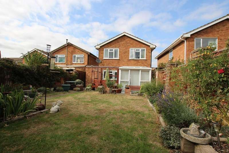 4 Bedrooms Link Detached House for sale in Flexmore Way, Langford, SG18
