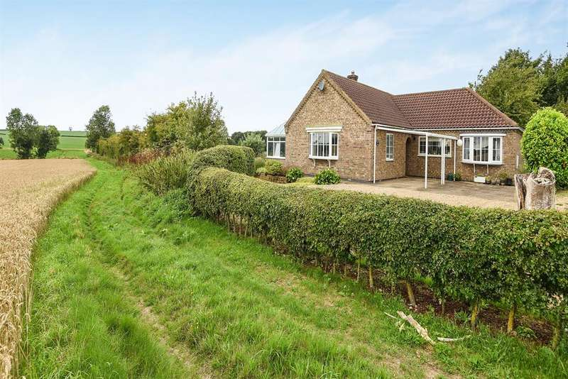 4 Bedrooms Detached Bungalow for sale in New End, Hemingby, Horncastle, LN9 5QQ