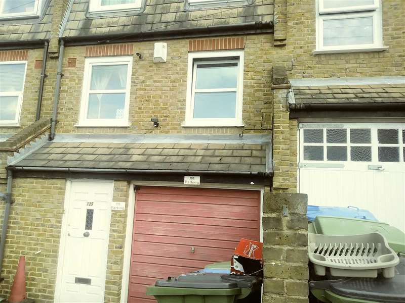 3 Bedrooms Terraced House for sale in Parkdale Road, LONDON