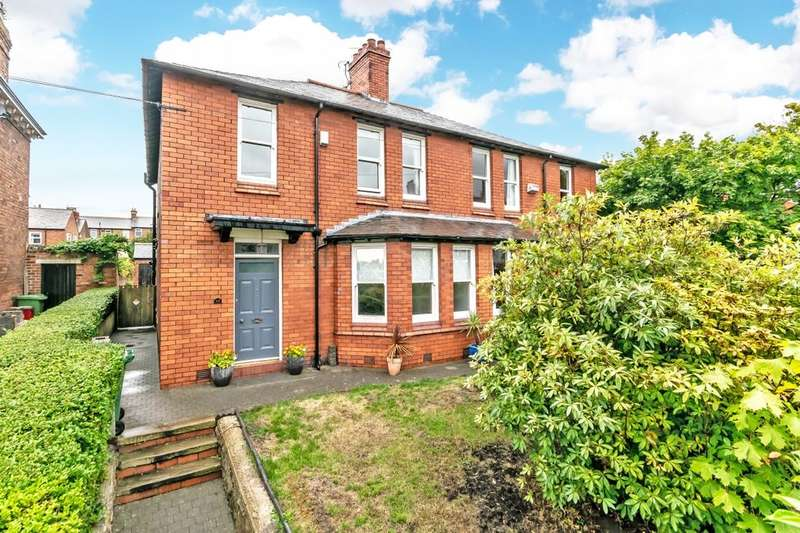 3 Bedrooms Semi Detached House for sale in Church Street, Frodsham, WA6