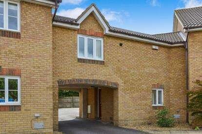 2 Bedrooms Terraced House for sale in Worth Court, Monkston, Milton Keynes, Buckinghamshire