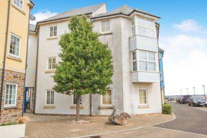 2 Bedrooms Flat for sale in Eastcliff, Portishead, Bristol
