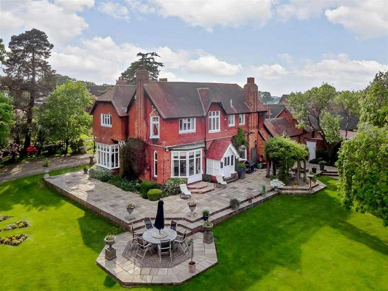 4 Bedrooms Detached House for sale in Alvechurch, Worcestershire