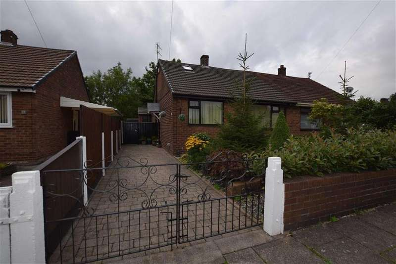 2 Bedrooms Semi Detached Bungalow for sale in Clive Street, Ashton Under Lyne