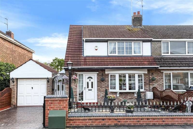 3 Bedrooms Semi Detached House for sale in Constance Avenue, Lincoln, LN6