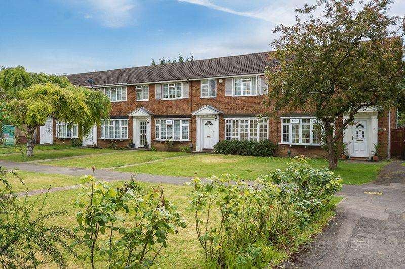 3 Bedrooms Terraced House for sale in Much Sought After Icknield Catchment Area