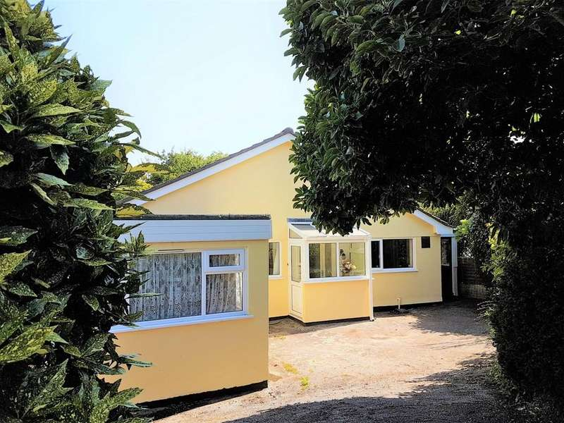 2 Bedrooms Detached Bungalow for sale in Gulval