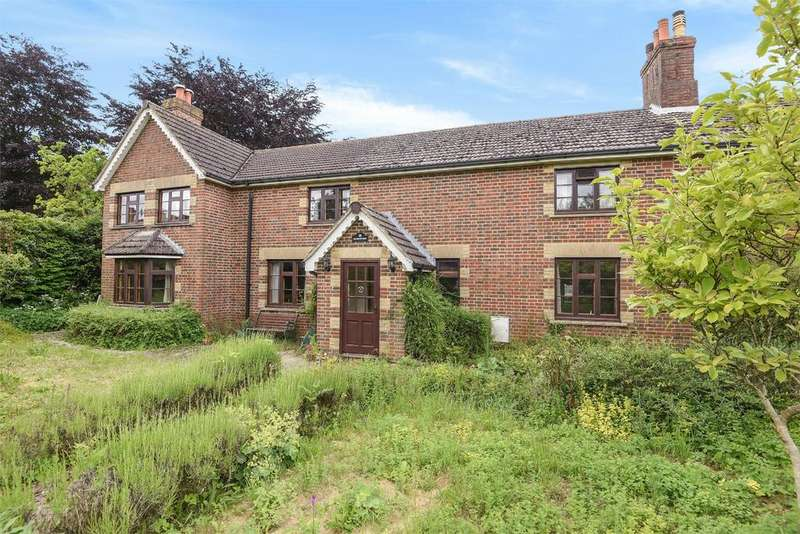 4 Bedrooms Semi Detached House for sale in Up Street, Dummer, Hampshire, RG25