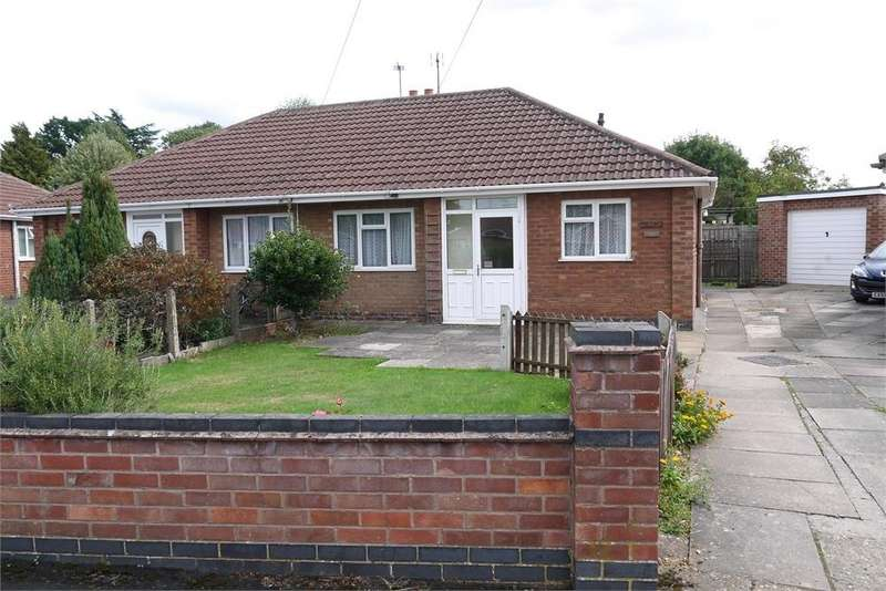 2 Bedrooms Semi Detached Bungalow for sale in Avery Close, Lutterworth, Leciestershire