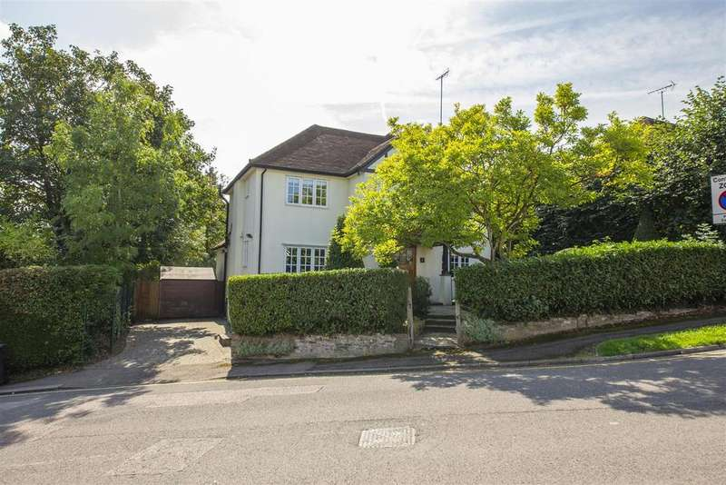 5 Bedrooms Detached House for sale in Letchmore Road, Radlett