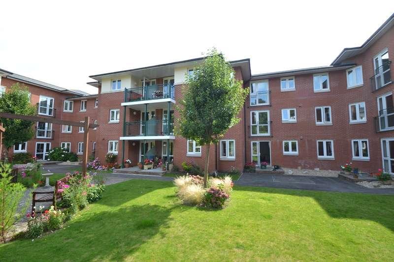 2 Bedrooms Flat for sale in Bridport Town