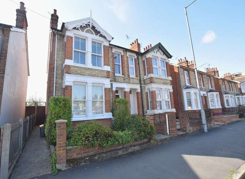 3 Bedrooms Semi Detached House for sale in Victoria Street, Braintree