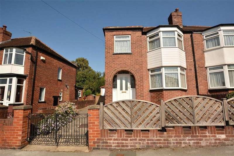 3 Bedrooms Semi Detached House for sale in Eden Drive, Leeds, West Yorkshire