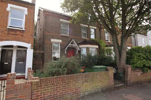 Semi Detached House for sale in Marlow Road, Anerley, London
