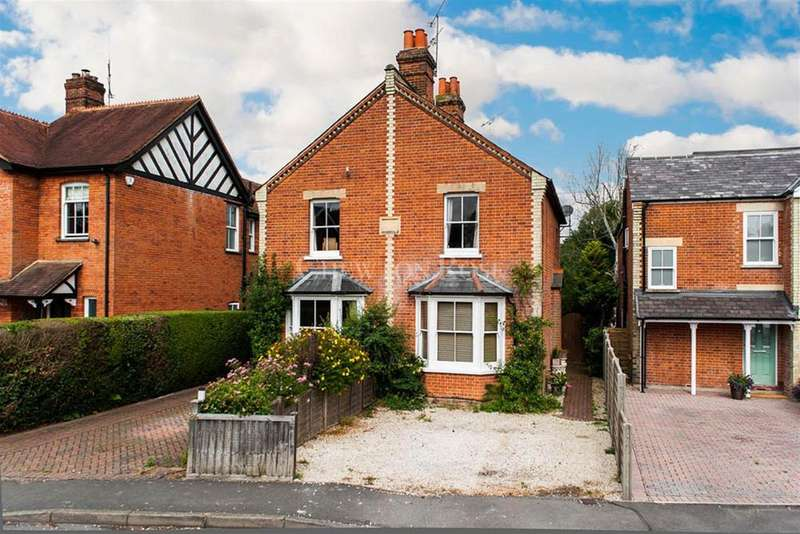 2 Bedrooms Semi Detached House for sale in Ascot