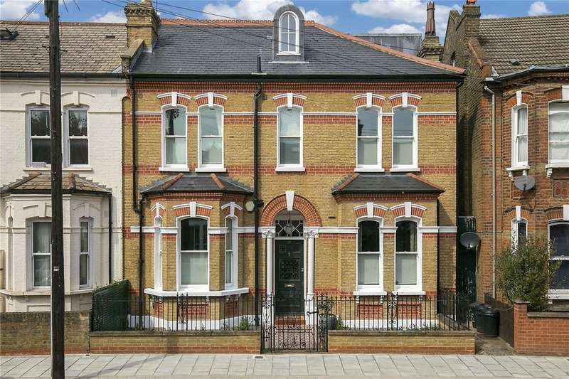 5 Bedrooms Semi Detached House for sale in Sarsfeld Road, Balham, London, SW12