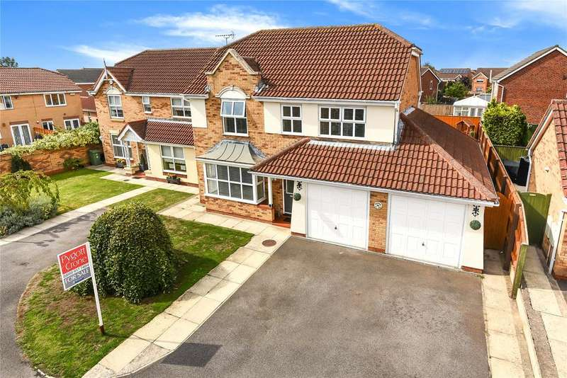 4 Bedrooms Detached House for sale in Wren Crescent, Scartho Top, DN33