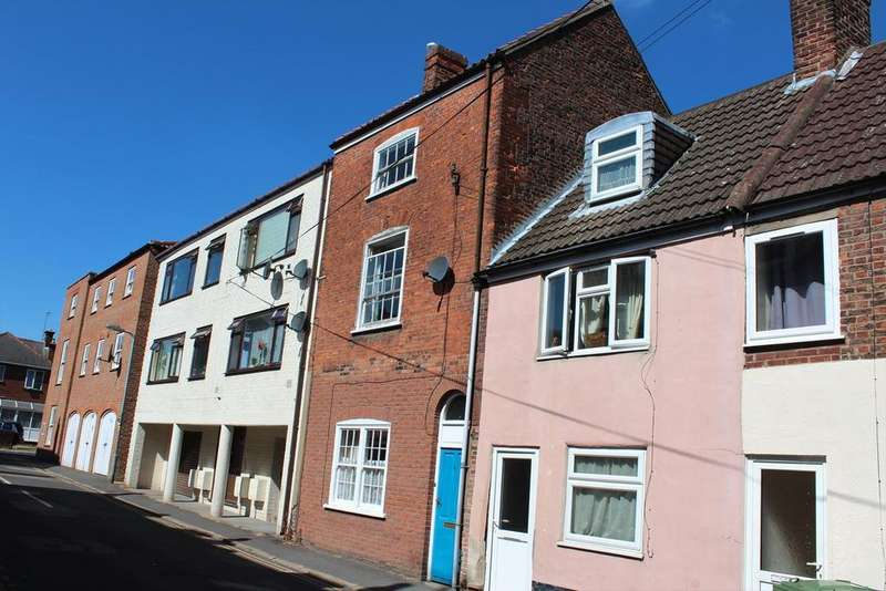 3 Bedrooms Terraced House for sale in Witham Street, Boston, PE21