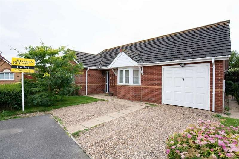 3 Bedrooms Detached Bungalow for sale in Mayflower Close, Fishtoft, Boston, Lincolnshire