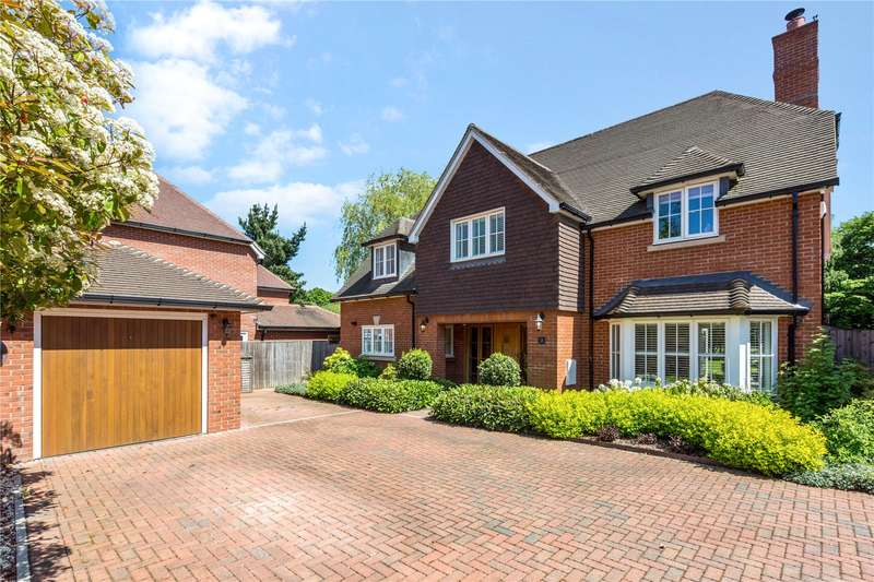 5 Bedrooms Detached House for sale in Alderson Court, Ascot, Berkshire, SL5