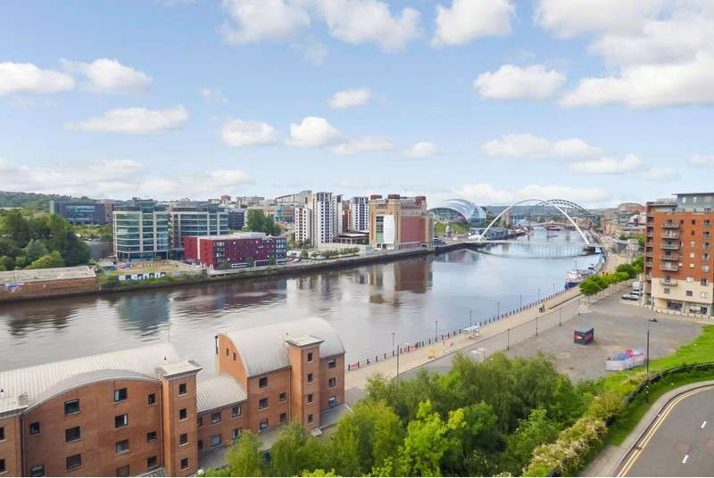 2 Bedrooms Apartment Flat for sale in High Quay, City Road, Newcastle upon Tyne, Tyne and Wear, NE1 2PD