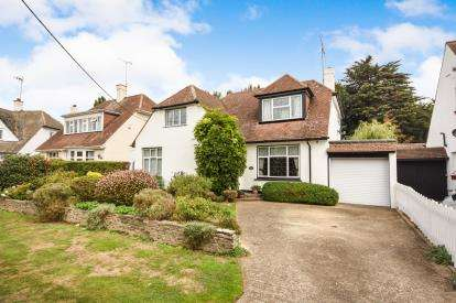 3 Bedrooms Detached House for sale in Rochford, Essex, .