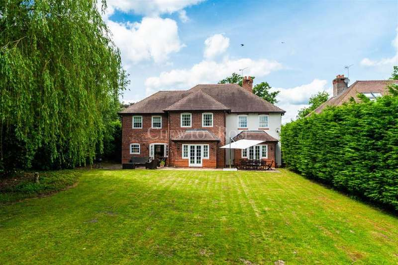 5 Bedrooms Detached House for sale in Winkfield Row, Ascot