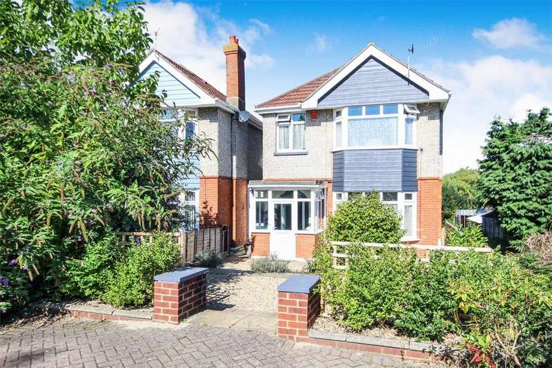 3 Bedrooms Detached House for sale in 33 Cromer Road, Branksome, Poole, Dorset