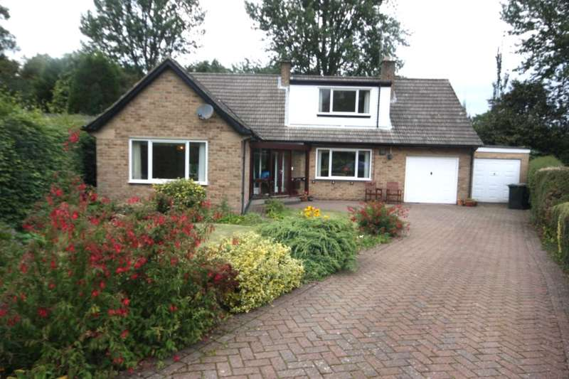 5 Bedrooms Detached Bungalow for sale in The Grove, Guisborough, TS14