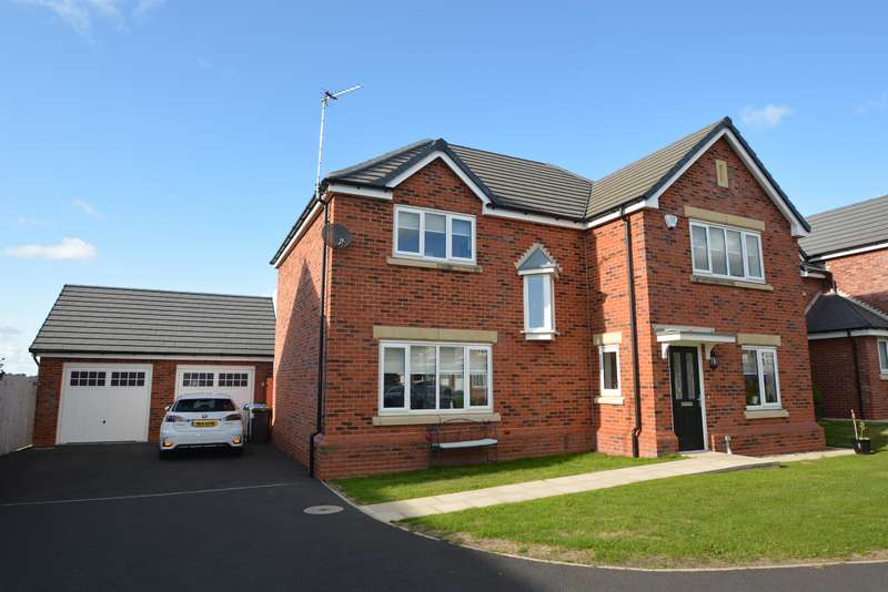 4 Bedrooms Detached House for sale in Benedict Drive, Blackpool, FY3 0AF