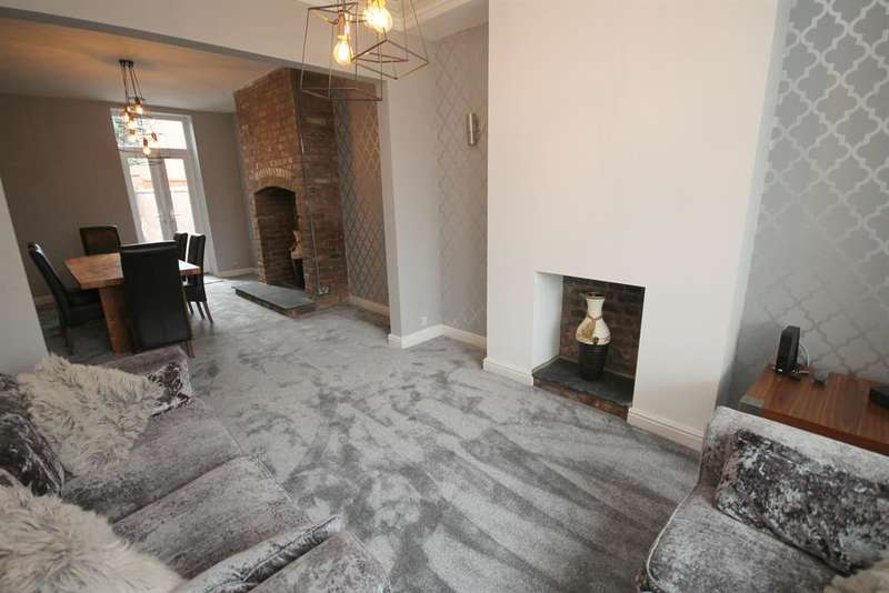 2 Bedrooms Terraced House for sale in Plodder Lane, Farnworth, Bolton, BL4 0JU
