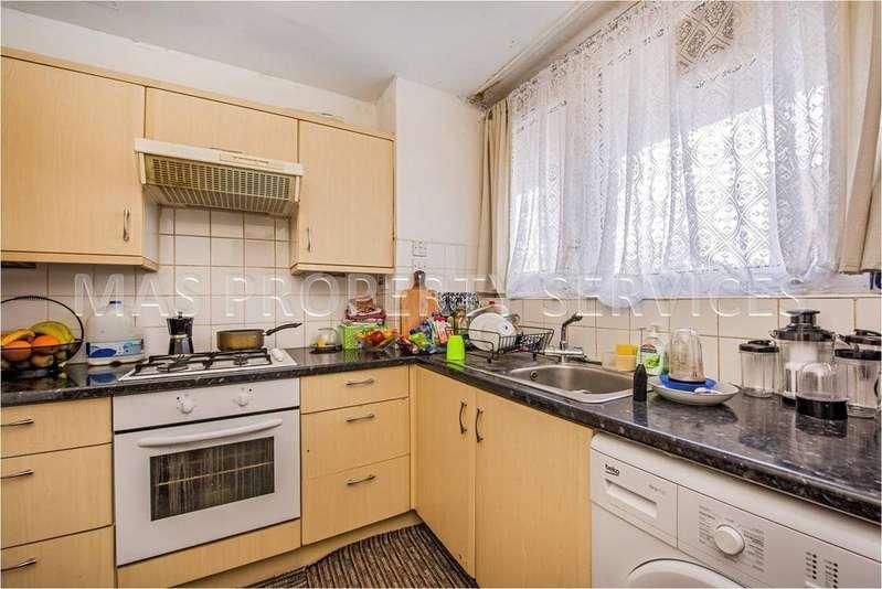 3 Bedrooms Duplex Flat for sale in Ibsley gardens, Roehampton SW15