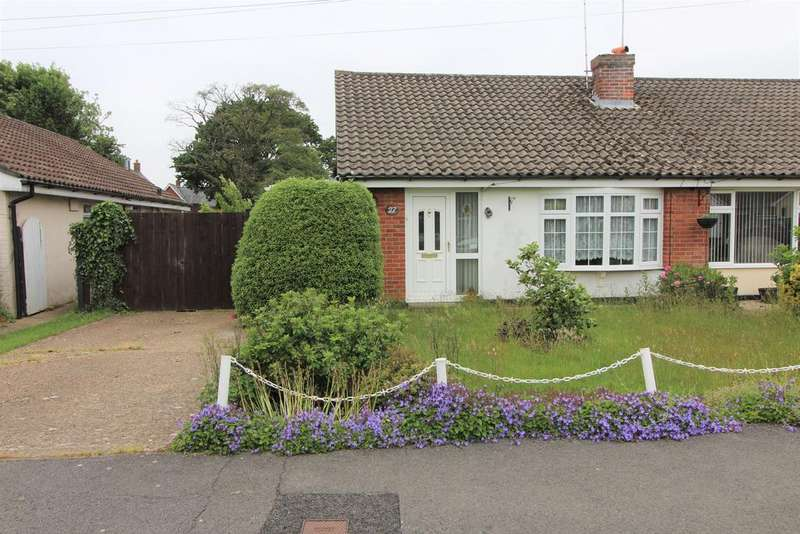 2 Bedrooms Semi Detached Bungalow for sale in Harvest Road , Denmed, Waterlooville PO7