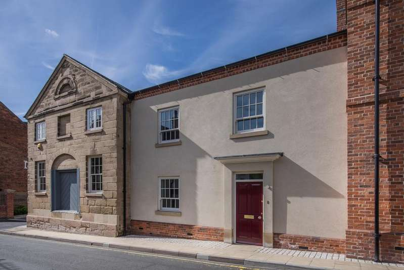3 Bedrooms Town House for sale in Northgate Place, Warwick CV34