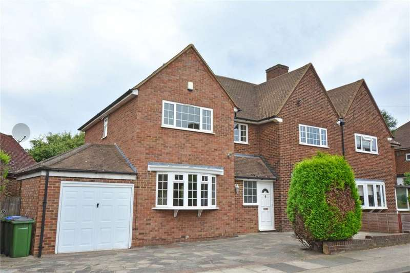 4 Bedrooms Semi Detached House for sale in The Underwood, London, SE9