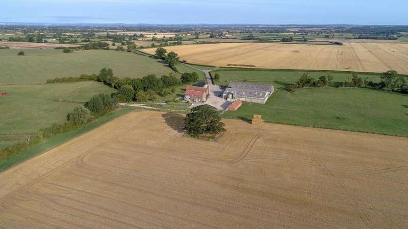 3 Bedrooms Country House Character Property for sale in Low Marishes, Malton
