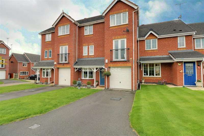 3 Bedrooms Town House for sale in Sheldon Drive, Macclesfield