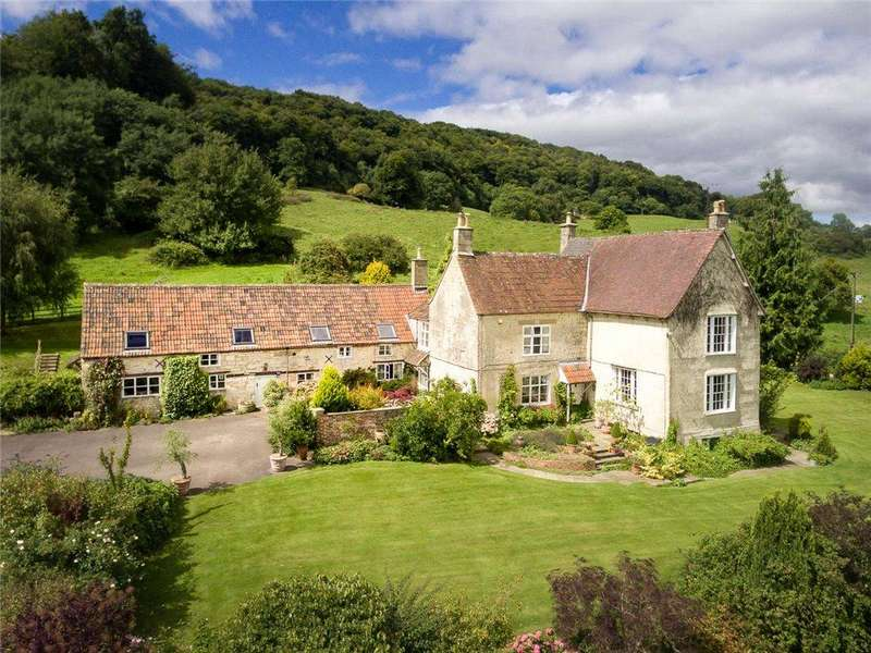 7 Bedrooms Detached House for sale in Coopers Hill, Gloucester, Gloucestershire, GL3