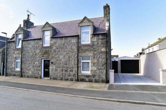 3 Bedrooms Detached House for sale in Mid Street, Fraserburgh, AB43