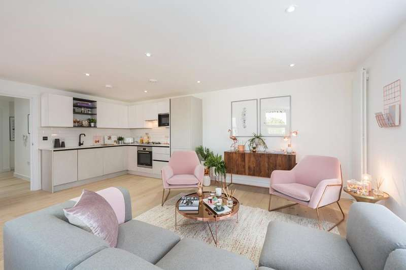 3 Bedrooms Apartment Flat for sale in Duplex 2, Copper Works, E17