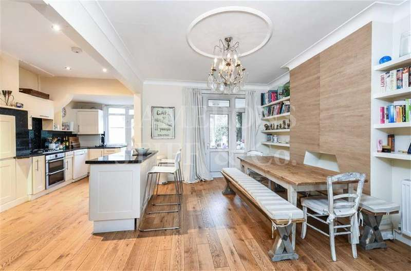 4 Bedrooms Terraced House for sale in Haycroft Gardens, Willesden, London, NW10