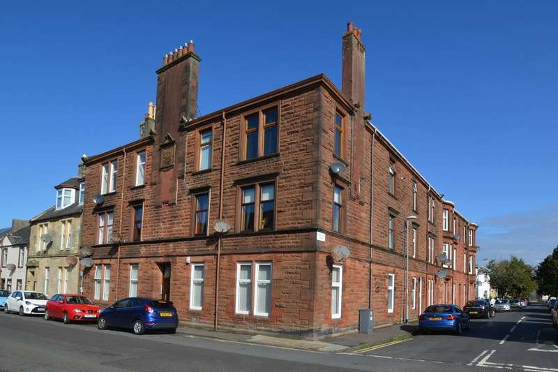 2 Bedrooms Flat for sale in 1/L 79 Nelson Street, LARGS, KA30 9AB