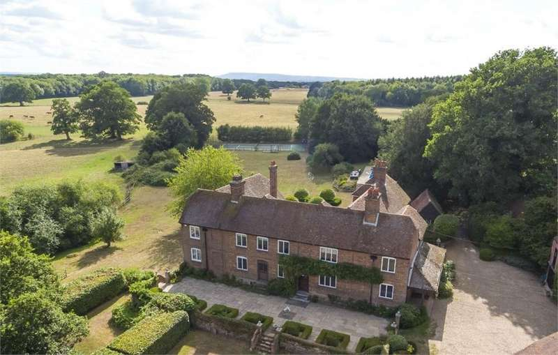 9 Bedrooms Detached House for sale in The Old Farmhouse, Stovolds Hill, Cranleigh, Surrey