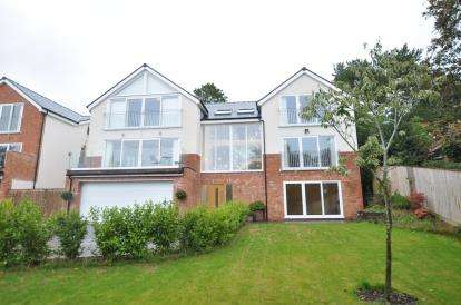 5 Bedrooms House for sale in The Ridge, Heswall, Wirral, CH60
