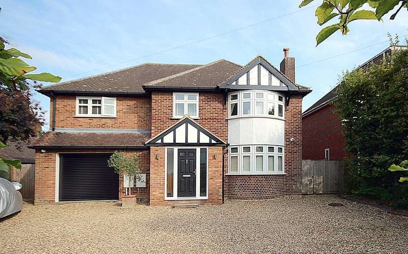 4 Bedrooms Detached House for sale in Church Lane, Arlesey, SG15