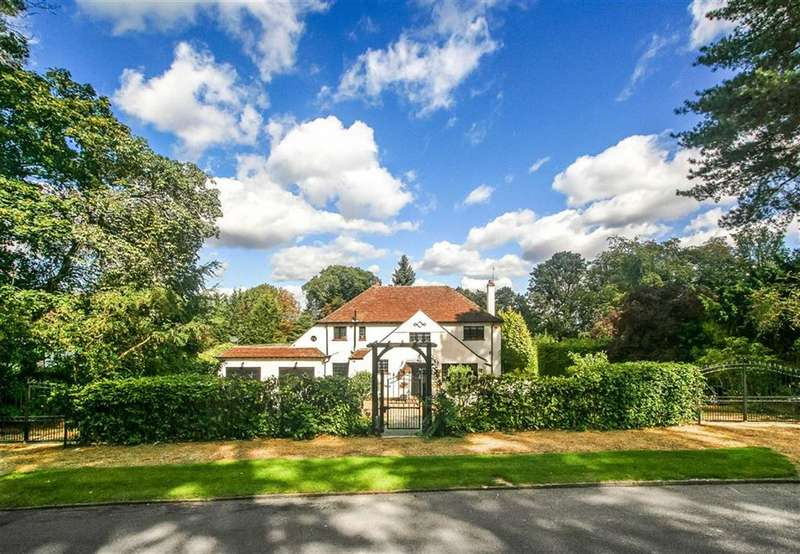 4 Bedrooms Detached House for sale in Briar Hill, Webb Estate, West Purley, Surrey