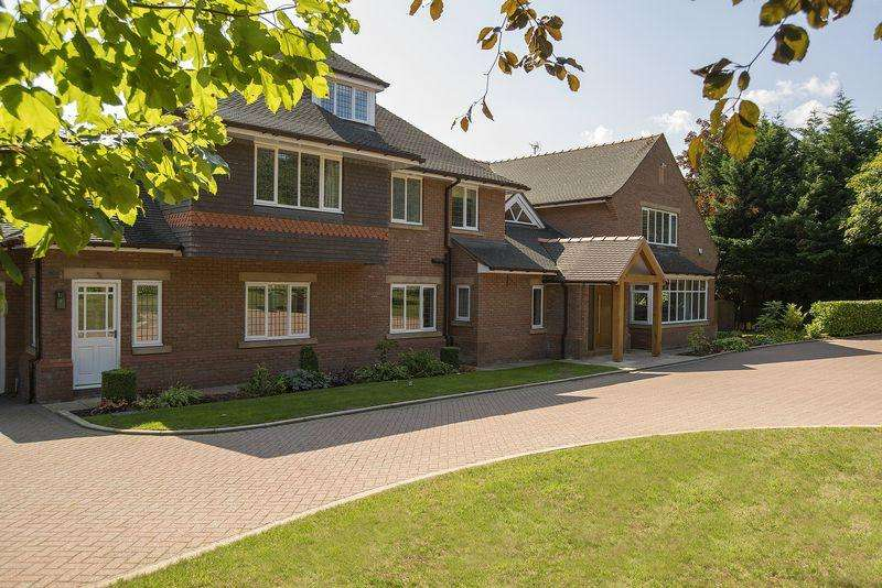 8 Bedrooms Detached House for sale in Caldy Road, Caldy