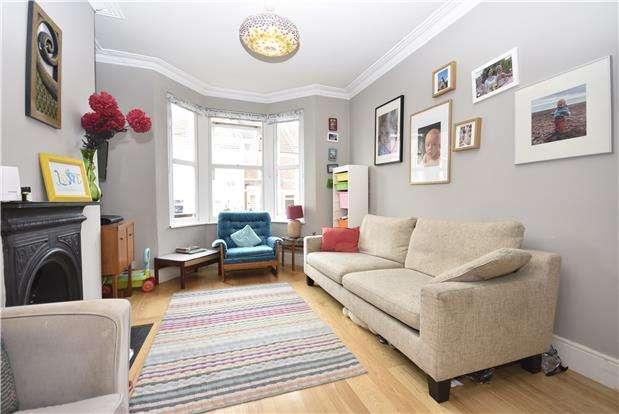 3 Bedrooms Property for sale in Aubrey Road, Bedminster, Bristol, BS3 3EY