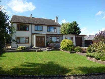 4 Bedrooms Detached House for sale in Bodffordd, Llangefni, Sir Ynys Mon, Anglesey, LL77
