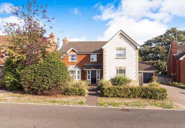 4 Bedrooms Detached House for sale in Tilehurst, Reading, Berkshire
